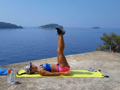Trening mięśni brzucha i talii