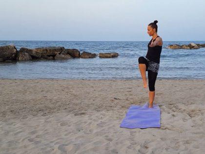 Zdrowy kręgosłup – rozgrzewka + trening dla zaawansowanych
